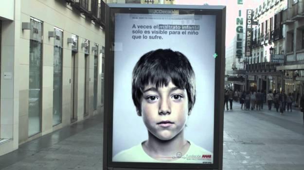 Anuncio anti-abuso infantil