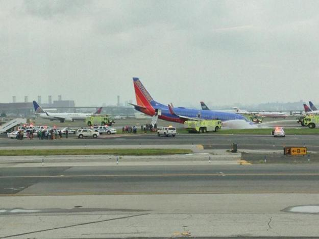 Boeing-737-700-Southwest-Airlines-N753SW-La-Guardia