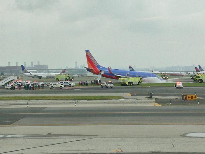 Boeing-737-700-Southwest-Airlines-N753SW-La-Guardia